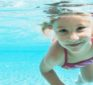 Does chlorine in pools transform sunscreen into cancer-causing toxic chemical?